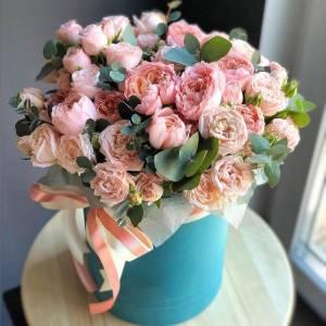 Коробка 11 веток кустовой пионовидной розы R750