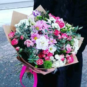 Сбор роз и хризантем с оформлением R80